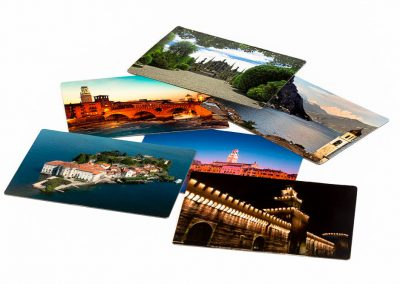 Magnetic postcards