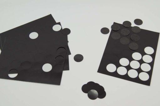 Naklejki-magnetyczne-arkusz-magnes