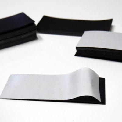 Naklejki magnetyczne, folia magnetyczna 0,7 mm, magnes